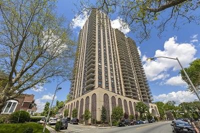 North Bergen Condo/Townhouse For Sale: 7855 Blvd East #14H