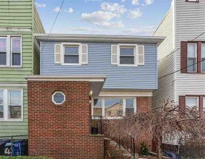 Jersey City Single Family Home For Sale: 409 Union St