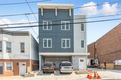 North Bergen Condo/Townhouse For Sale: 1432 46th St #3