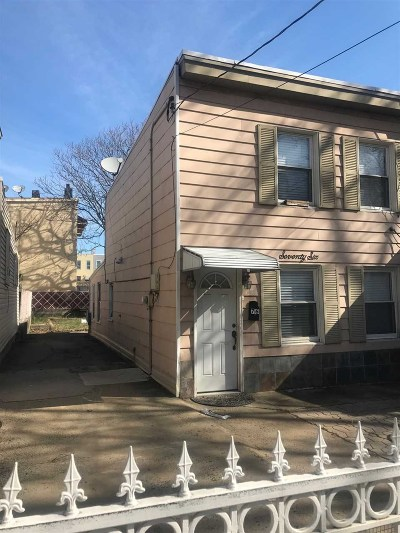 Jersey City Single Family Home For Sale: 76 Vroom St