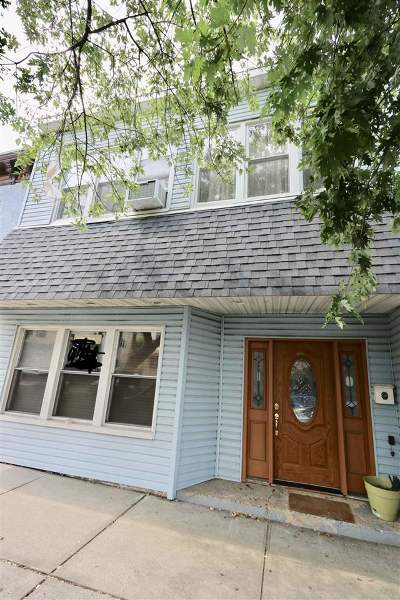 Bayonne Single Family Home For Sale: 1029 Broadway