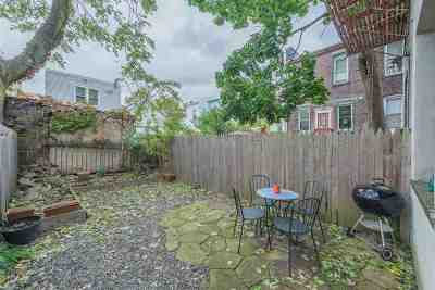 Jersey City Condo/Townhouse For Sale: 164 Hutton St #1L
