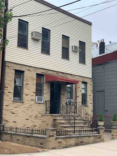 Union City Multi Family Home For Sale: 818 22nd St