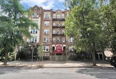 Jersey City Condo/Townhouse For Sale: 63 Sherman Pl #A7