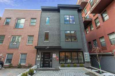 Jersey City Condo/Townhouse For Sale: 52 Sherman Ave #B