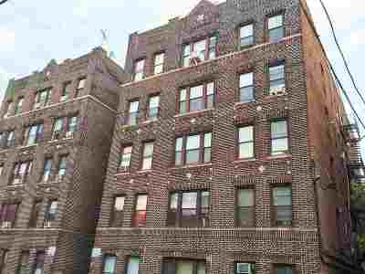 West New York Condo/Townhouse For Sale: 315 56th St #E8