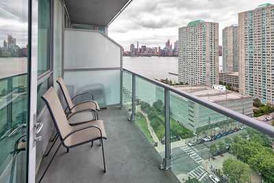 Jersey City Condo/Townhouse For Sale: 20 Newport Parkway #2105