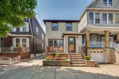 Bayonne Single Family Home For Sale: 128 West 52nd St