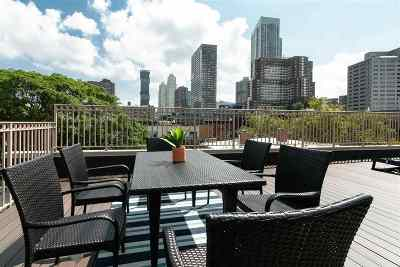 Jersey City Condo/Townhouse For Sale: 228 Bay St #2