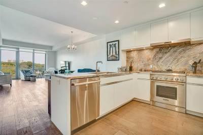 Cliffside Park Condo/Townhouse For Sale: 320 Adolphus Ave #702
