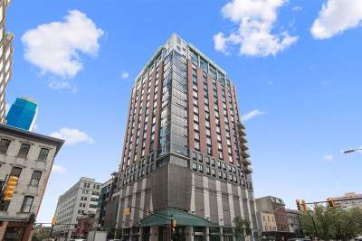 Jersey City Condo/Townhouse For Sale: 105 Greene St #1005