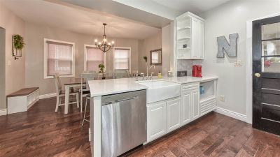 Bayonne Single Family Home For Sale: 118 West 4th St