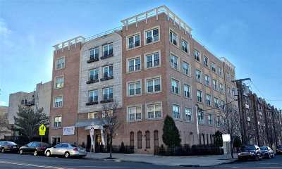 Jersey City Condo/Townhouse For Sale: 45 Broadway #202