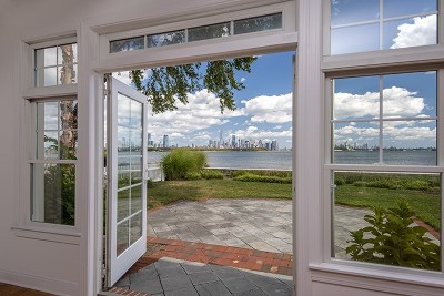 Jersey City Condo/Townhouse For Sale: 92 Constitution Way #92