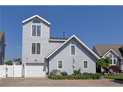 Toms River, Toms River Township Single Family Home For Sale: 28 Bay Point Drive