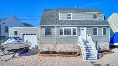 Stafford Twp NJ Single Family Home For Sale: $524,900