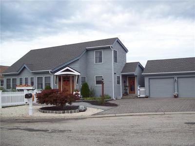 Single Family Home For Sale: 117 Pattie Joe Lane