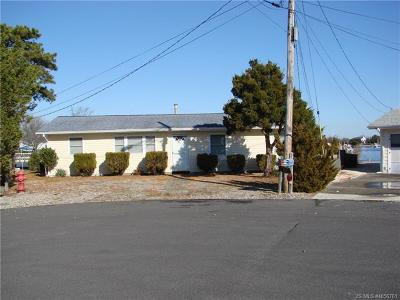 Barnegat Single Family Home For Sale: 121 Caldwell Road
