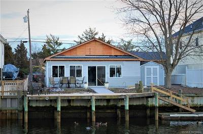Single Family Home For Sale: 50 Lake Superior Drive