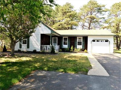 Manchester NJ Adult Community For Sale: $164,900