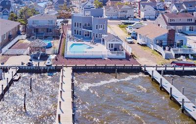 Single Family Home For Sale: 382 Aldo Drive