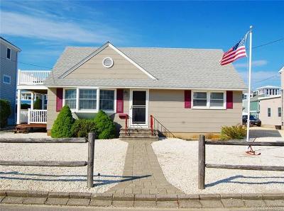 Barnegat Light, Beach Haven, Beach Haven Borough, Harvey Cedars, Long Beach, Long Beach Twp, Ship Bottom, Surf City Single Family Home For Sale: 339 West 14th St Street