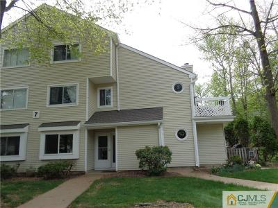 South Brunswick NJ Condo/Townhouse Sold: $190,000