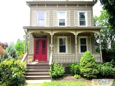 Single Family Home Closed: 208 S 1st Avenue