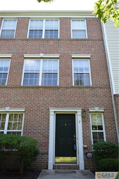 Condo/Townhouse Closed: 7 Krainski Road #315