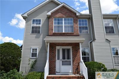 Piscataway NJ Condo/Townhouse Sold: $320,000