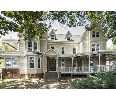 Perth Amboy Single Family Home For Sale: 87 High Street