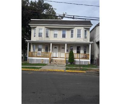 Perth Amboy Multi Family Home For Sale: 207 Meade Street