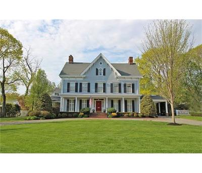 Metuchen Single Family Home For Sale: 169 Maple Avenue