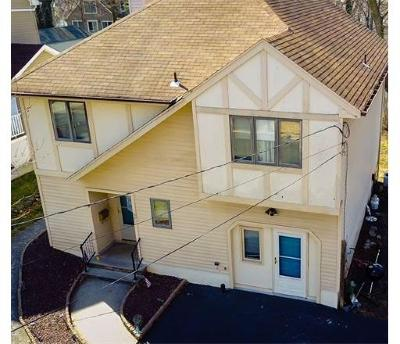 Metuchen Single Family Home For Sale: 57 Homer Place