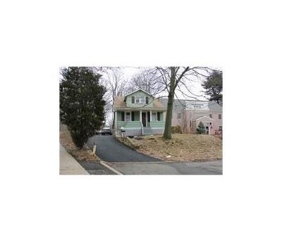 Metuchen Single Family Home For Sale: 3 Calvin Place