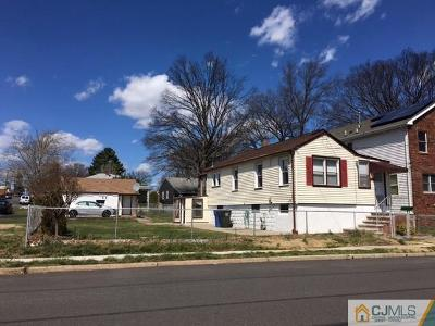 Iselin Single Family Home For Sale: 122 Pershing Avenue