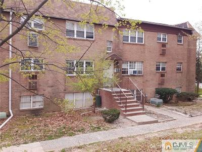 Edison Condo/Townhouse For Sale: 200 College Drive