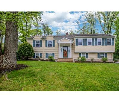 North Edison Single Family Home For Sale: 15 Remington Drive