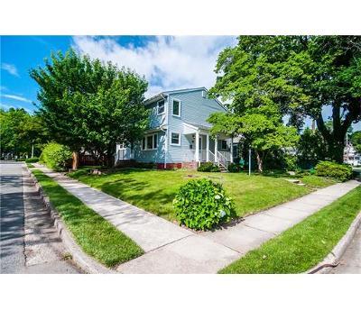 Metuchen Single Family Home For Sale: 10 Tulsa Avenue