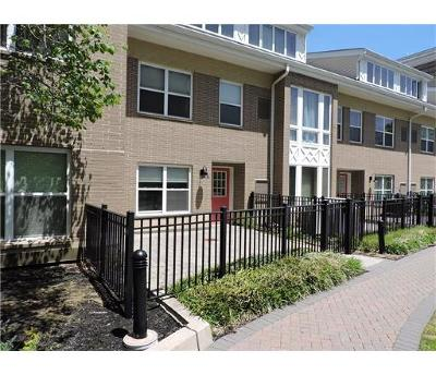 Perth Amboy Condo/Townhouse For Sale: 358 Rector Street #308