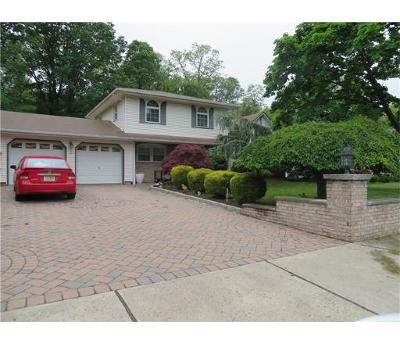 Sayreville Single Family Home For Sale: 5 Driftwood Drive