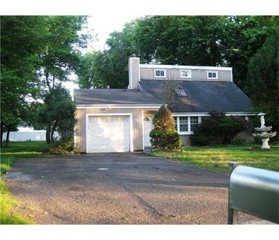 Piscataway Single Family Home For Sale: 1 Myrtle Avenue