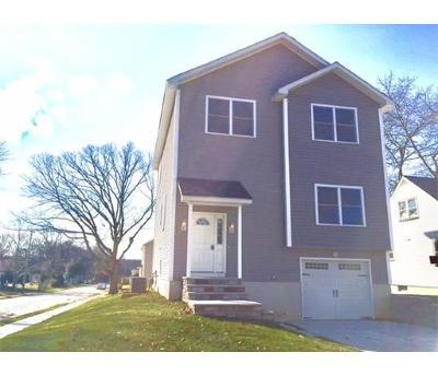 Sayreville Single Family Home For Sale: 65 Roosevelt Boulevard