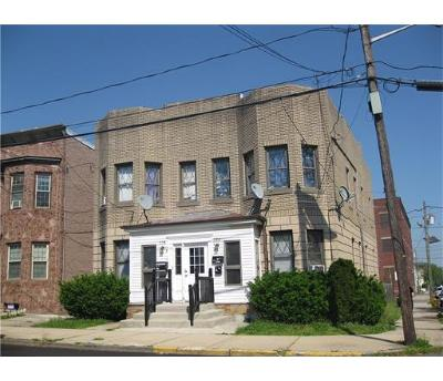 Perth Amboy Multi Family Home For Sale: 526-28 Jacques Street