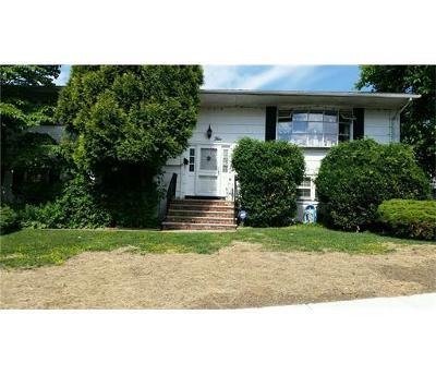 Sayreville Single Family Home For Sale: 5 Sherwood Road