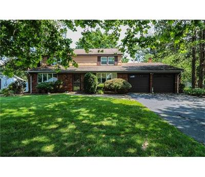 Somerset County Single Family Home For Sale: 11 Lilac Ln Lane