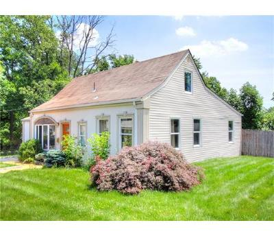 Iselin Single Family Home For Sale: 2 W Louis Place