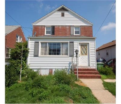 Sayreville Single Family Home For Sale: 141 Washington Road