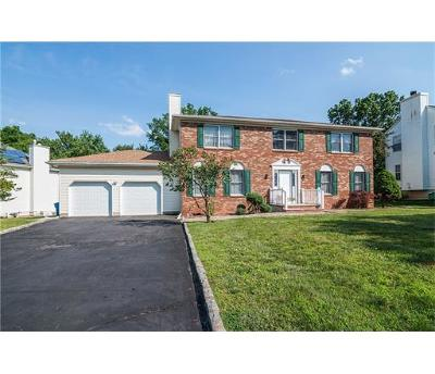 Piscataway Single Family Home For Sale: 5 Barbour Place