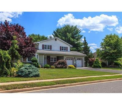 Sayreville Single Family Home For Sale: 38 Oakwood Drive